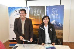 BOLTUR Y La Agencia Boliviana Espacial suscriben convenio para incorporar a la Estación Terrena de Amachuma en los circuitos turísticos de la ciudad de El Alto